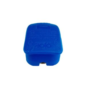 Quick release battery connector Blue color cover to lock on Negative battery pole for bolt on application.
